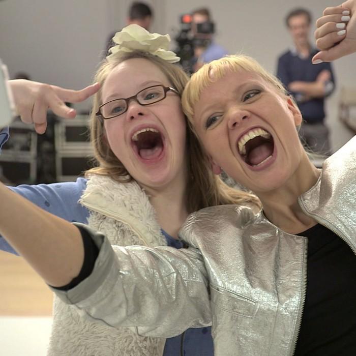 Beim Casting für den neuen Kampagnenspot der Aktion Mensch kamen sich Menschen mit und ohne Behinderung schnell näher.